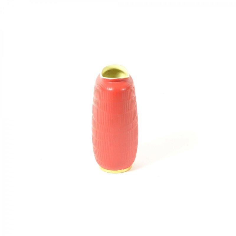 Červená keramická váza