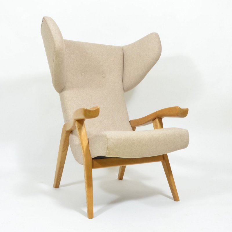 Extraordinary vintage wing armchair