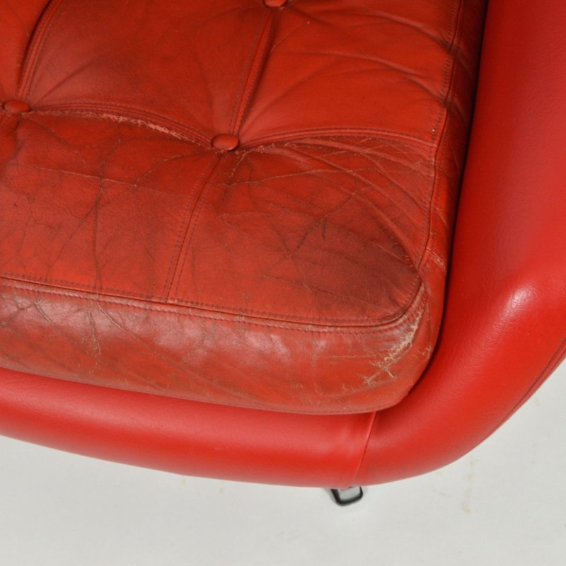 PeeM leather armchair
