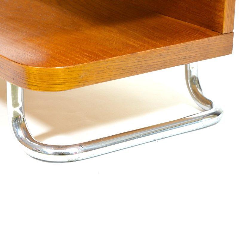 Funcionalistický stolek