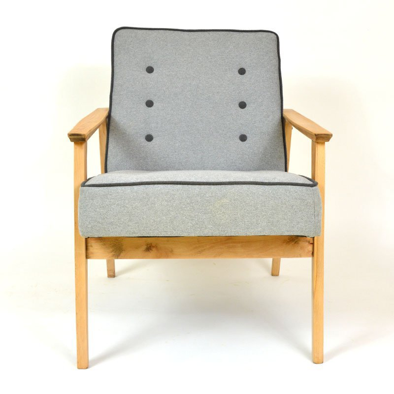 Button armchair
