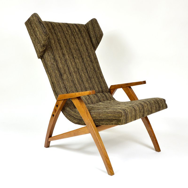 Wing armchair