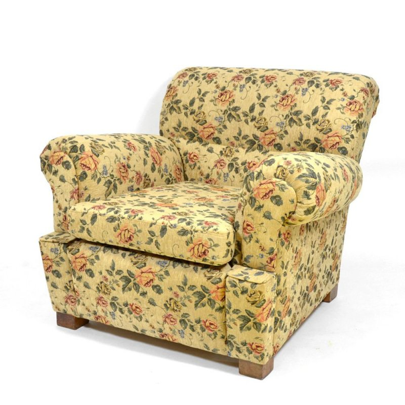 Big armchair with Floral Pattern