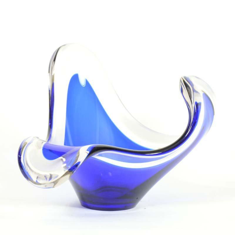 Modrá miska