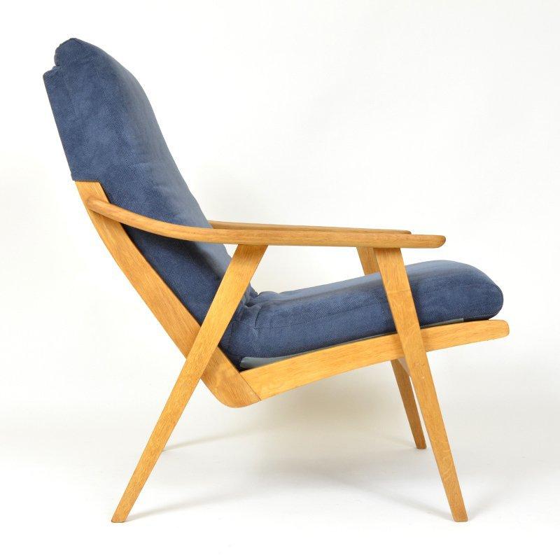 Armchair in blue