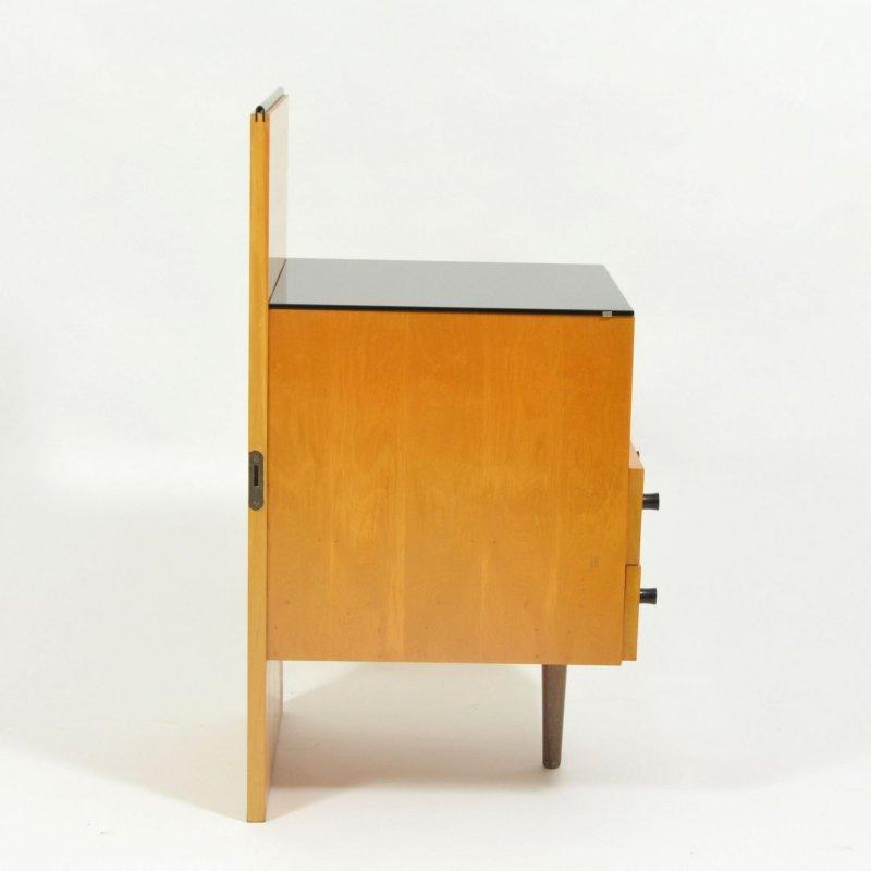 Noční stolek Jitona