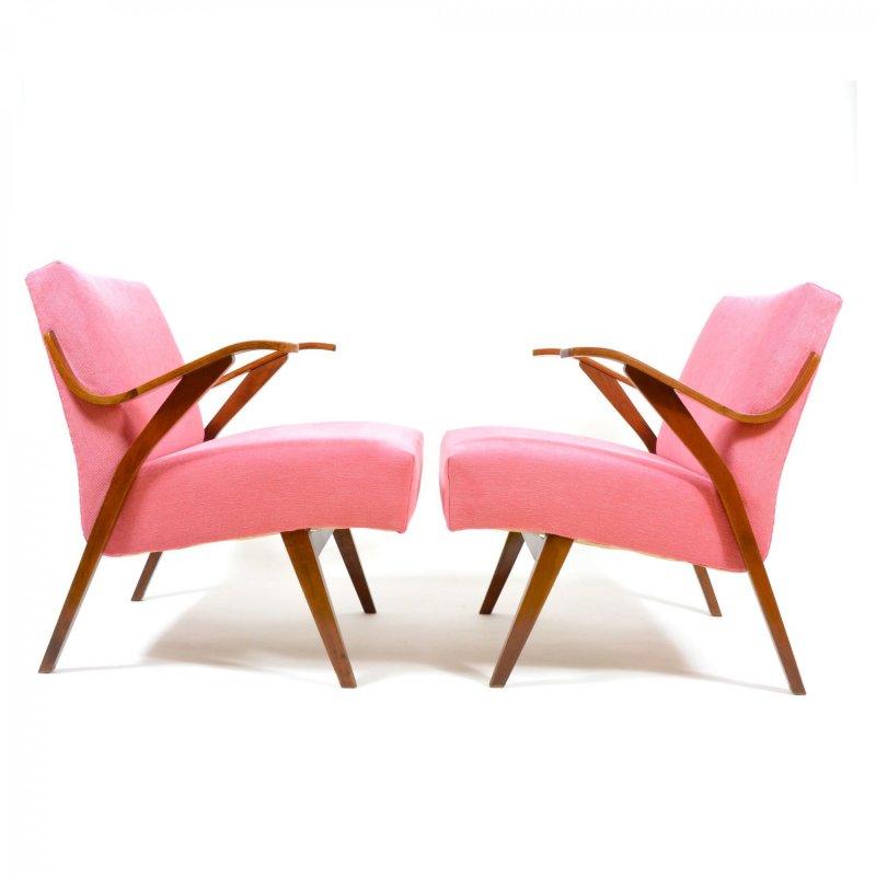 Pár růžových retro křesel