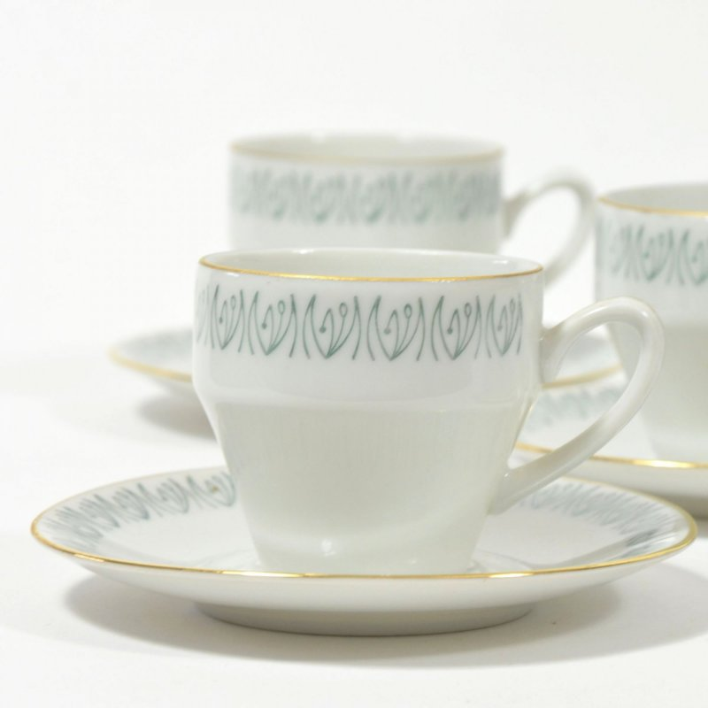 Porcelaine coffee set