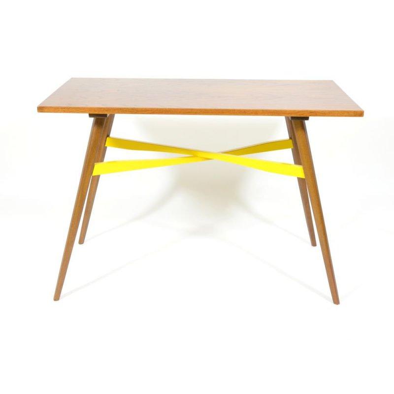Retro konferenční stolek