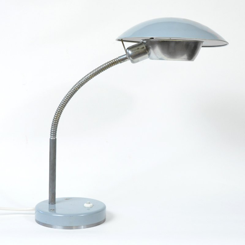Šedá lampička