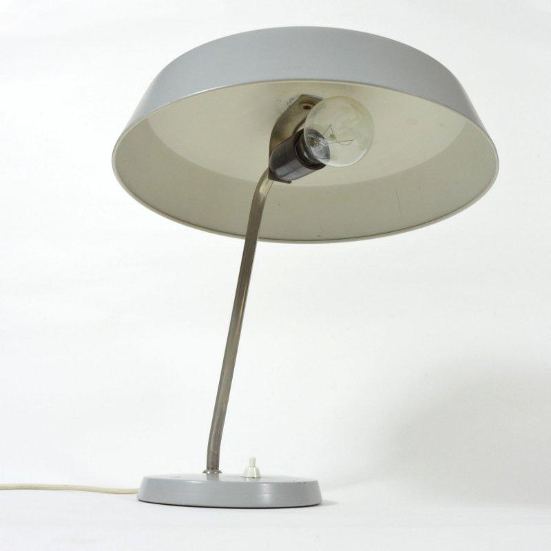 Šedá stolní lampa ve stylu Luis Kalff