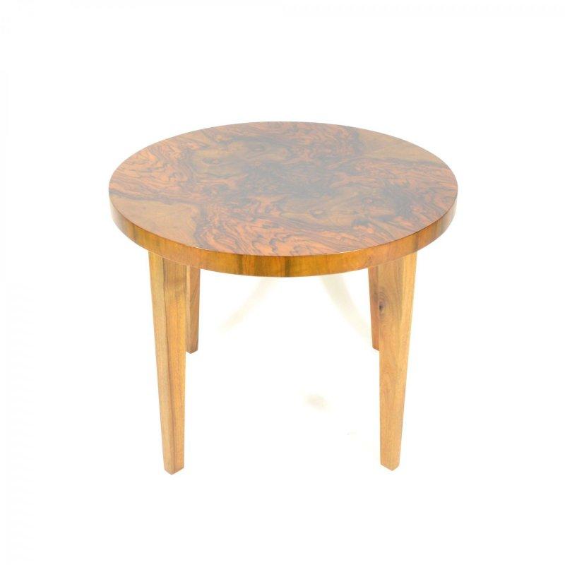 Nut veneered coffee table