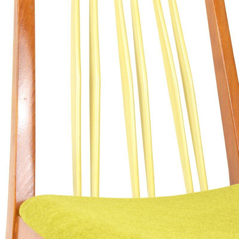 Židle s vysokým opěradlem